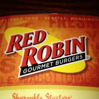 Photo taken at Red Robin Gourmet Burgers by Andrew P. on 1/25/2013