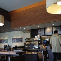 Photo taken at Starbucks by Leonardo C. on 3/30/2013