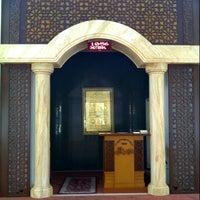 Photo taken at Masjid Abdullah by Fakhriza R. on 2/5/2013