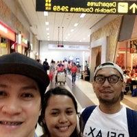 Photo taken at Mactan Cebu International Airport (MCIA) by Andri D. on 4/7/2016