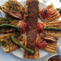 3/16/2013 tarihinde Buğra K.ziyaretçi tarafından Gomşu Restaurant'de çekilen fotoğraf