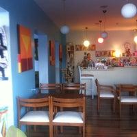 9/30/2012 tarihinde Sena A.ziyaretçi tarafından İncir Cafe'de çekilen fotoğraf