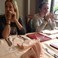 Photo taken at Chinees Restaurant Jumbo by Rani H. on 12/22/2013