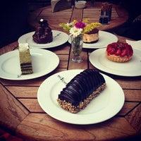 9/16/2012 tarihinde Sumeyye S.ziyaretçi tarafından Big Cake'de çekilen fotoğraf