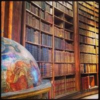 Das Foto wurde bei Prunksaal der Nationalbibliothek von Virgin I. am 10/26/2013 aufgenommen