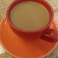 Das Foto wurde bei Wally's - Coffee & More von Christian R. am 1/9/2014 aufgenommen