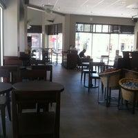 Photo taken at Starbucks by Steve W. on 8/22/2013