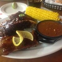 Foto diambil di Texas Ribs® oleh CHRISTIAN V. pada 10/20/2012