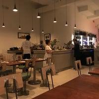รูปภาพถ่ายที่ Una Pizza Napoletana โดย Deb K. เมื่อ 6/5/2018