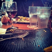 Photo taken at Napa Valley Burger by Johannes E. on 5/5/2013