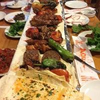 11/25/2012 tarihinde Murat G.ziyaretçi tarafından Adanalı Kebap'de çekilen fotoğraf