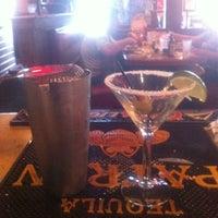 Photo taken at Applebee's Neighborhood Grill & Bar by Tara P. on 11/14/2012