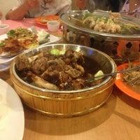 Photo taken at Restoran Hau Kee Seafood (口记海鲜楼) by vivian c. on 12/24/2012