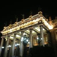 3/18/2013 tarihinde Mario Alberto R.ziyaretçi tarafından Teatro Juárez'de çekilen fotoğraf
