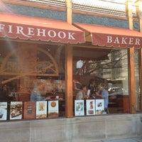 12/5/2012 tarihinde Laycie N.ziyaretçi tarafından Firehook Bakery'de çekilen fotoğraf