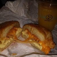 Photo taken at Yum Yum Donuts by Robert G. on 12/21/2013