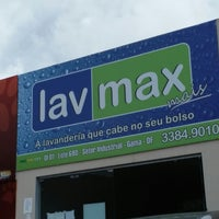 Photo taken at Lavanderia Lavmax by Bruno L. on 3/8/2014