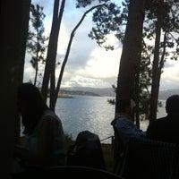 8/2/2013 tarihinde Anxo S.ziyaretçi tarafından Gassho Sanxenxo Lounge Bar-Café'de çekilen fotoğraf