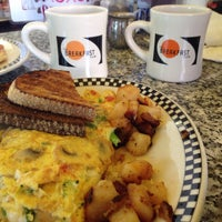 Photo taken at The Breakfast Club by Chitwant S. on 1/31/2015