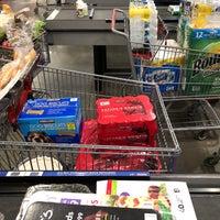 Photo prise au Costco Wholesale par Lindsay B. le2/2/2018