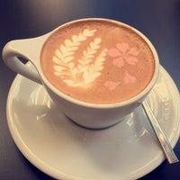 8/16/2015 tarihinde Lily F.ziyaretçi tarafından Ogawa Coffee Boston'de çekilen fotoğraf