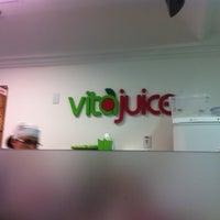 Foto tirada no(a) Vita Juice por Fernando D. em 11/22/2012