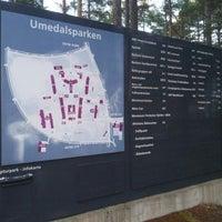 Photo taken at Umedalens Skulpturpark by Esteban G. on 10/20/2012