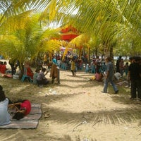Photo taken at Sago Beach Adventure Park (Cottage, Restaurant, Outbound, Outing, Flying Fox, Water Bike, Water Ball, Soft Gun, River Tubing, Cafe, Bamboo Ravting) by Tri Wahyudi Y. on 10/14/2012