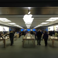 Photo taken at Apple Anchorage 5th Avenue Mall by Jan K. on 10/15/2012