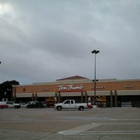 Photo taken at Tom Thumb by Supote M. on 10/22/2012