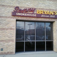 Photo taken at Sonny Bryan's Smokehouse by Supote M. on 12/15/2012