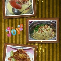 Photo taken at Restoran Hau Kee Seafood (口记海鲜楼) by Jesslyn L. on 4/21/2013