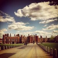 6/9/2013 tarihinde Emma C.ziyaretçi tarafından Hampton Court Palace'de çekilen fotoğraf