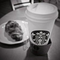 Photo taken at Starbucks by Ariel F. on 10/11/2012