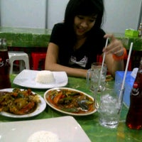 Photo taken at Seafood45 by Anie A. on 9/17/2012