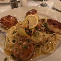 Photo taken at Enza's Italian Restaurant by Jen N. on 10/15/2018