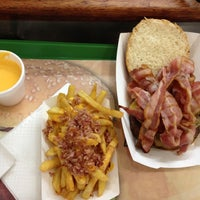 Photo taken at Chipi's Burger by Fedor E. on 11/12/2012