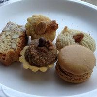 Das Foto wurde bei SanRemo Bakery von Cristina am 2/24/2013 aufgenommen