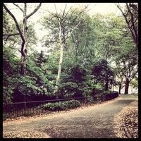 7/28/2013 tarihinde Michael L.ziyaretçi tarafından Cadman Plaza Park'de çekilen fotoğraf