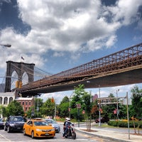 Foto tirada no(a) Brooklyn Bridge Park por Michael L. em 6/9/2013