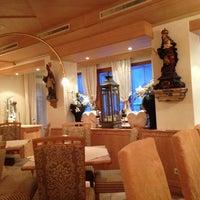 Das Foto wurde bei Restaurant Hotel Sonne von Lorenzo am 2/24/2013 aufgenommen