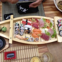 Foto tirada no(a) Jun Japanese Food por Mari O. em 2/22/2014