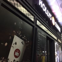 Photo taken at Hollys Coffee by 살찐고양이 미. on 9/13/2016