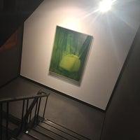 Photo taken at 라메르 / La Mer Gallery by 살찐고양이 미. on 6/18/2017