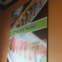 Photo taken at Hana Sushi & Roll by Ana K. on 11/26/2016