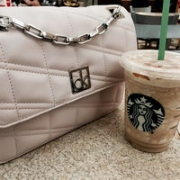 Photo taken at Starbucks by Lidia C. on 3/27/2016
