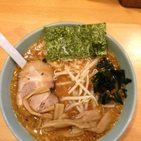 Photo taken at 博多ラーメン 長浜や 新大久保店 by page 8. on 9/18/2013
