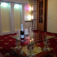 Photo taken at Mini Gloria Hotel by Michele D. on 12/1/2013