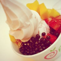 Photo taken at Pinkberry by Nancy B. on 3/17/2013
