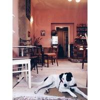 Das Foto wurde bei Cafe Valentin von Stil in Berlin am 9/16/2015 aufgenommen